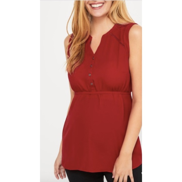 3/$15 ☘️ Stork & Babe Maternity Red Top